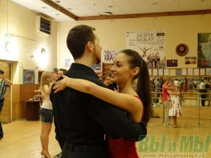 танцы на тему знакомства